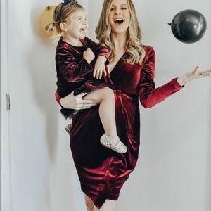 H&M velvet maternity dress